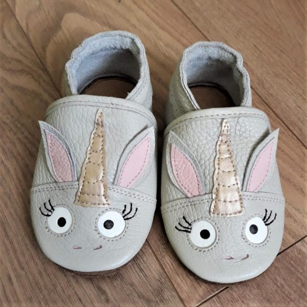 antypoślizgowe oddychające kapcie dla dzieci do przedszkola miękkie paputki dziecięce buty do żłobka