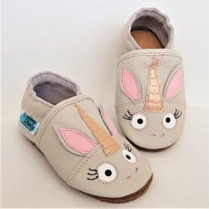 kapcie dla dzieci, kapcie do przedszkola, buty do żłobka, niechodki, pierwsze butki, miekkie butki, bosa stopka , miękkie sandałki, Barfußsandalen, barefoot sandals, bosa stopka, butki skórzane, butki do przedszkola, butki do żłobka, kapcie dla dzieci, kapcie do przedszkola, miękkie butki,