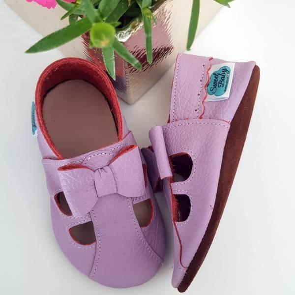 skórzane sandały dziecięce a´la paputki idelane kapcie do przedszkola i ich miękkie podeszwy