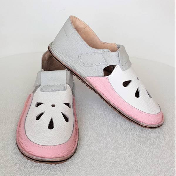 lekkie sandały barefoot dziecięce na rzepy idelane kapcie do przedszkola na rzepy - wzór Bosa Stopka dla dzieci i miękkie podeszwy